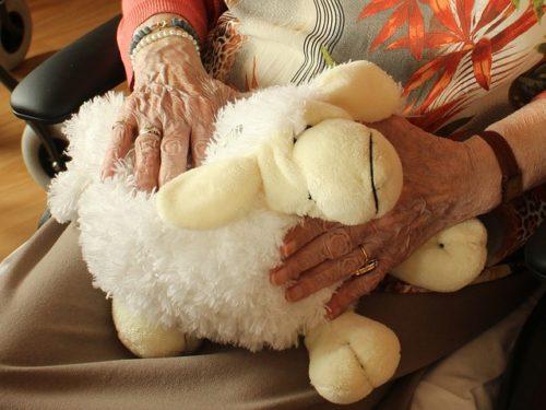 おばあちゃんへの誕生日プレゼントの選び方
