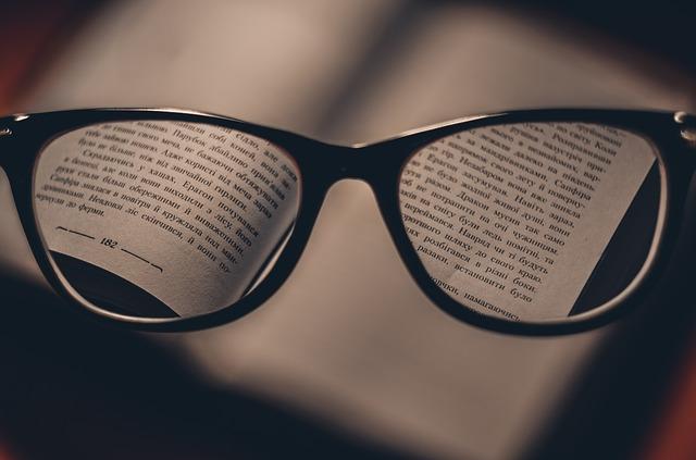 おしゃれな老眼鏡