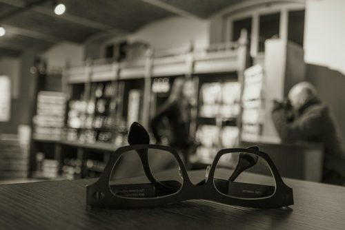 老眼鏡と図書館