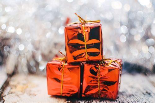 クリスマスプレゼント ブランド財布