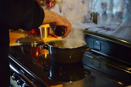 ホーロー鍋でお料理