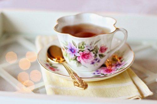 紅茶 飲み物